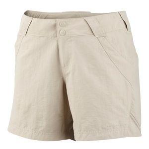 Columbia tan shorts